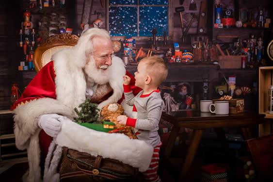 Santa-Rick-879087